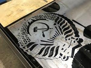 металлические эмблемы на заказ